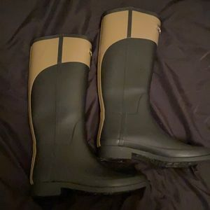 Hunter tall black and beige rubber rain boots
